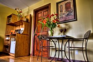 suite-living-room3